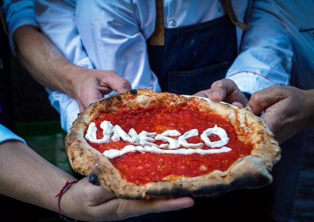 """Celebrazioni dell'iscrizione UNESCO dell'""""Arte dei Pizzaiuoli napoletani"""""""