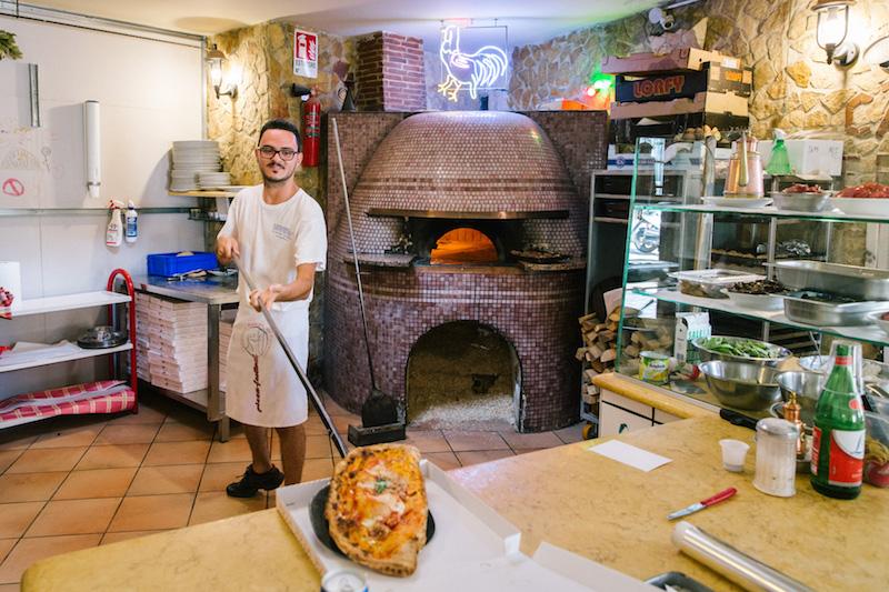 Pizza Cafona alla Cantina del Gallo