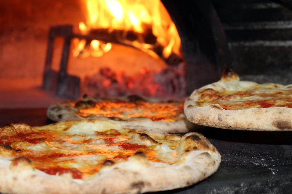 La pizza napoletana sbarca all'Università Federico II