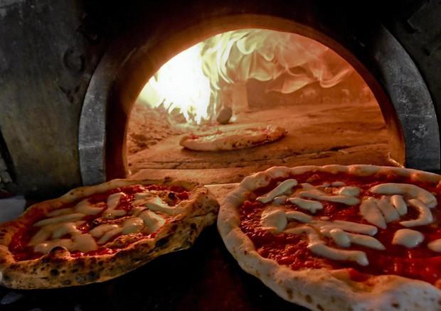La pizza regala felicità