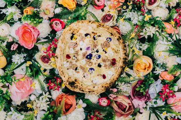 La pizza Dolce Primavera di Grosso Napoletano