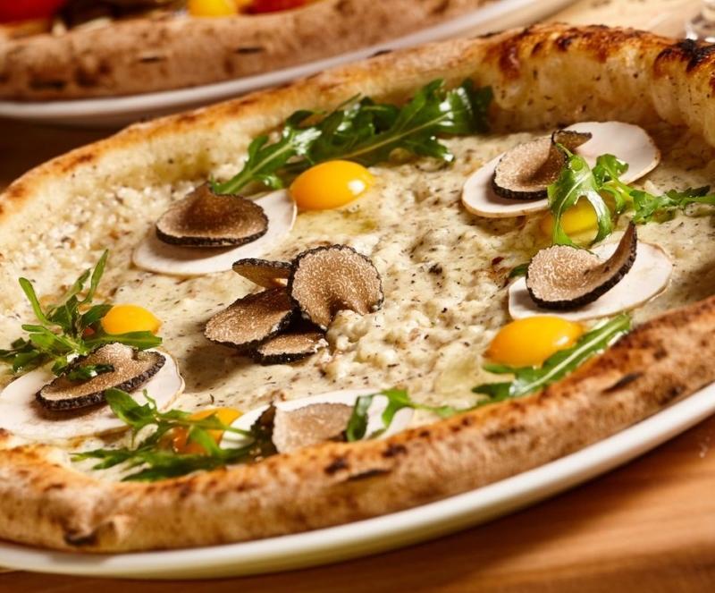 La pizza di Manhattan Terrazza