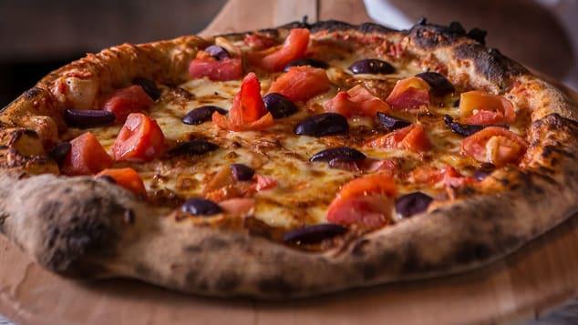 São Paulo-style pizza