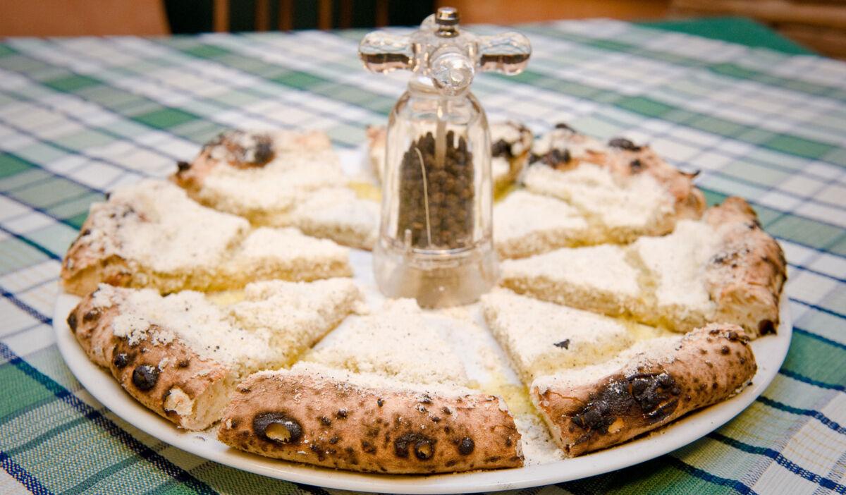Pizza Cacio e Pepe - Sforno